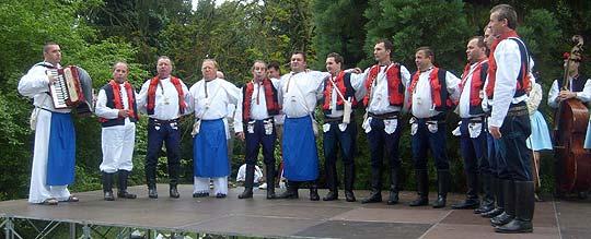 ... Boršičané na Festivalu česneku 2008 ... foto: Gabriela Krchňáčková